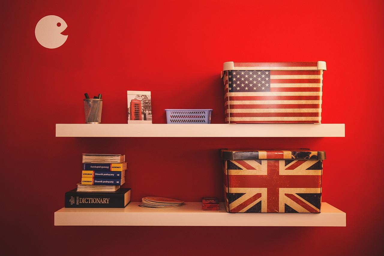 アメリカとイギリスの国旗の箱